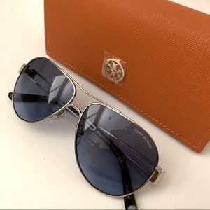 TORY BURCH Silver Aviator Sunglasses Gradient 55mm